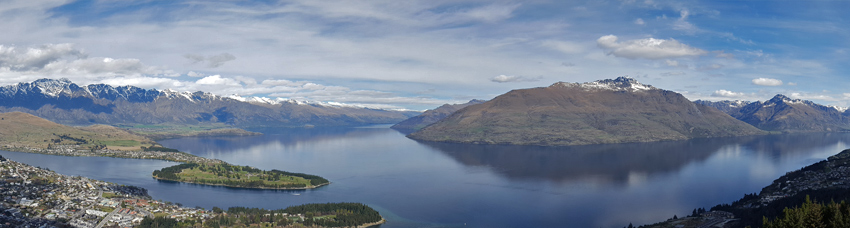 panorama of Queenstown City