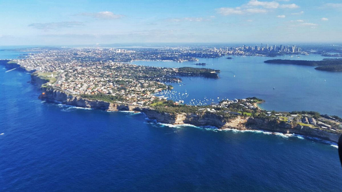 Sydney Helicopter Scenic Flight 20 min and Sydney Private Tour