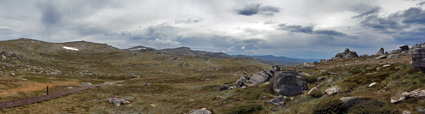 panorama of Kosciuszko summit