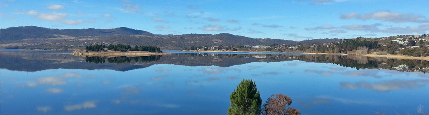 panorama of Jindabyne Lake in Mountains